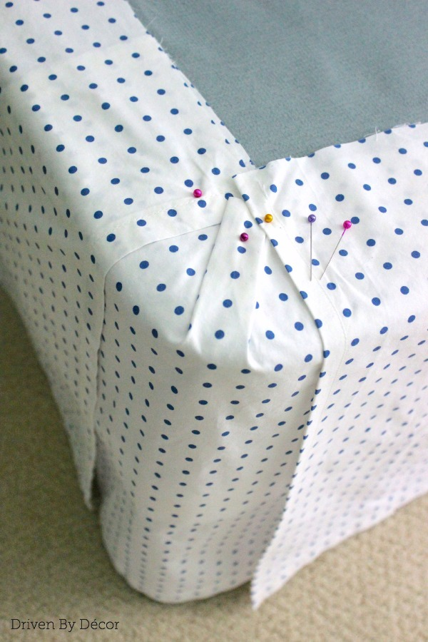 DIY bedskirt corner 600 WM