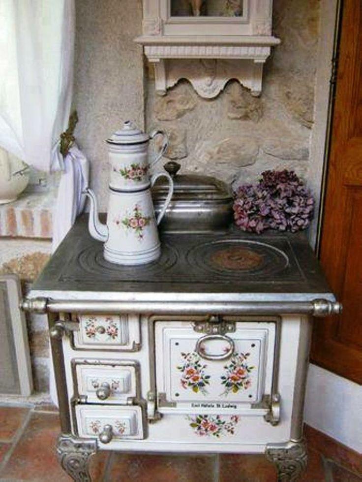 Le vecchie cucine a legna riportate in stile shabby chic   Il blog italiano sullo Shabby Chic e