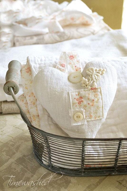 Tanti cuori shabby chic realizzati con tessuto provenzale for Shabby chic blog italiani