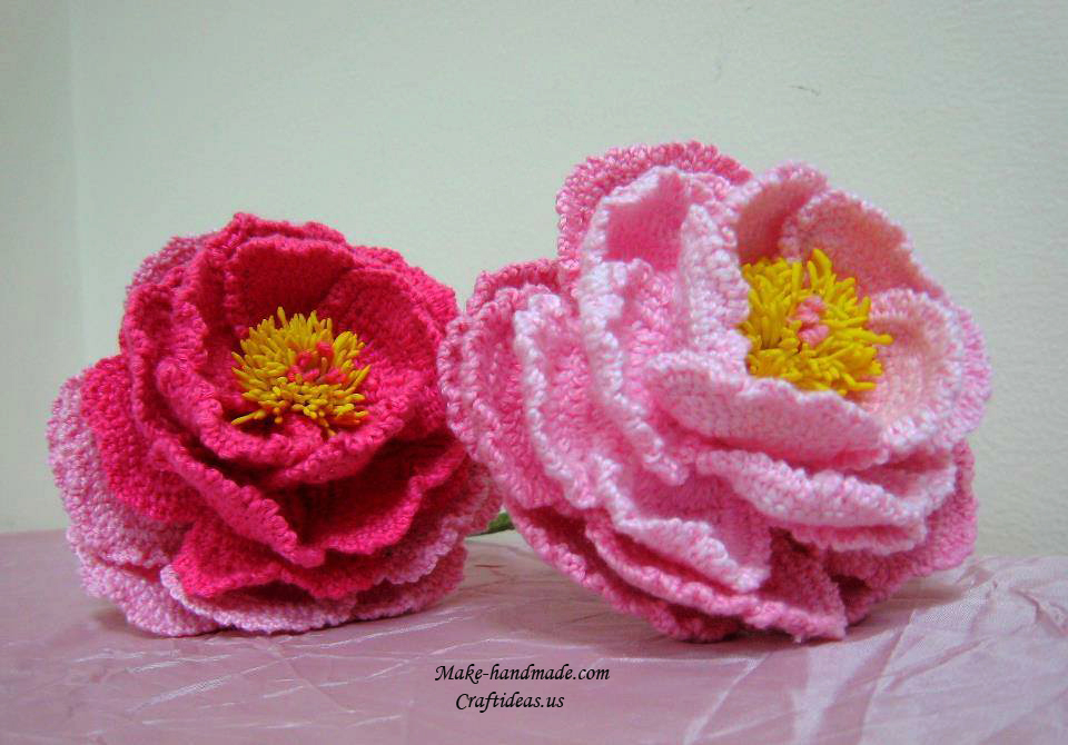 Crochet-peony-flowers-and-beautiful-bouquet