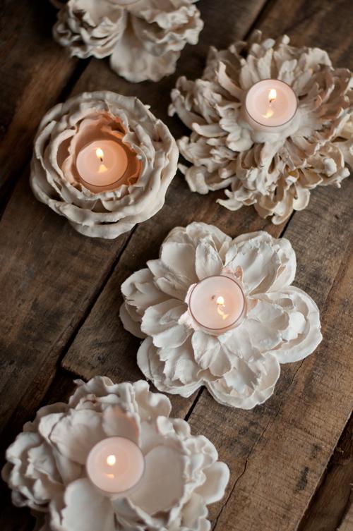 Porta candele Shabby realizzati con fiori finti
