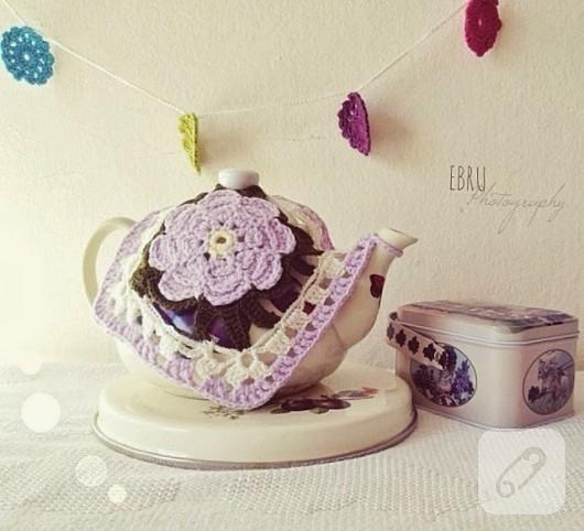 Belle caffettiere con copertura Shabby all'uncinetto