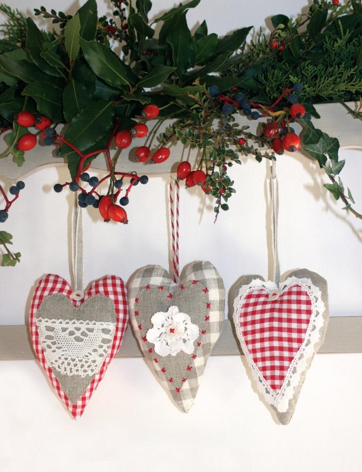 Bellissimi cuori shabby per decorare l 39 albero di natale e non solo il blog italiano sullo - Pinterest natale ...