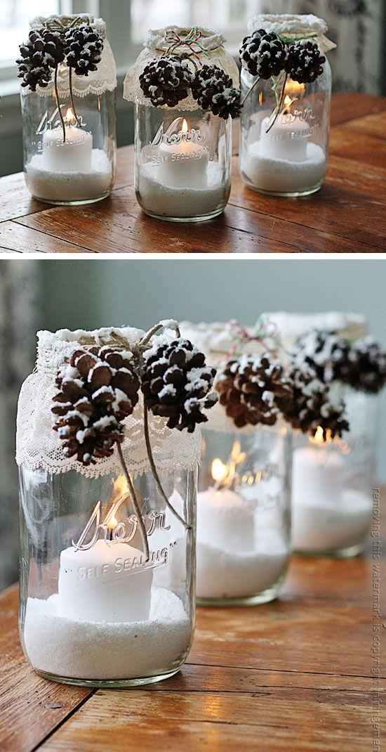 Decorare dei barattoli con pizzi e merletti in attesa del Natale