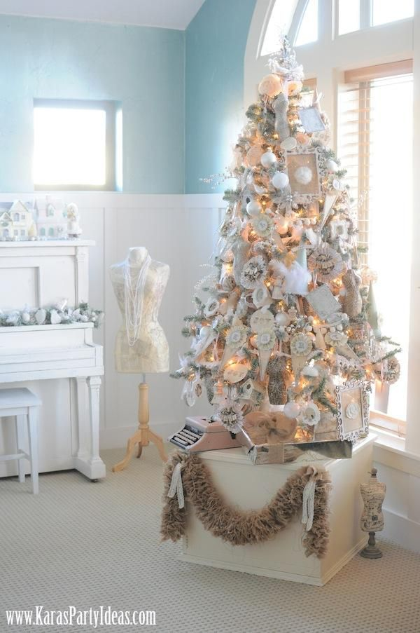 Una selezione tra i piu' belli Alberi di Natale Shabby scelti per voi