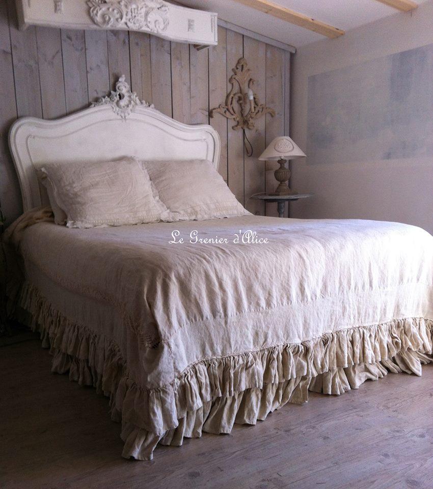 meravigliosi arredi e corredi con pizzi e merletti dallo stile shabby chic il blog italiano. Black Bedroom Furniture Sets. Home Design Ideas