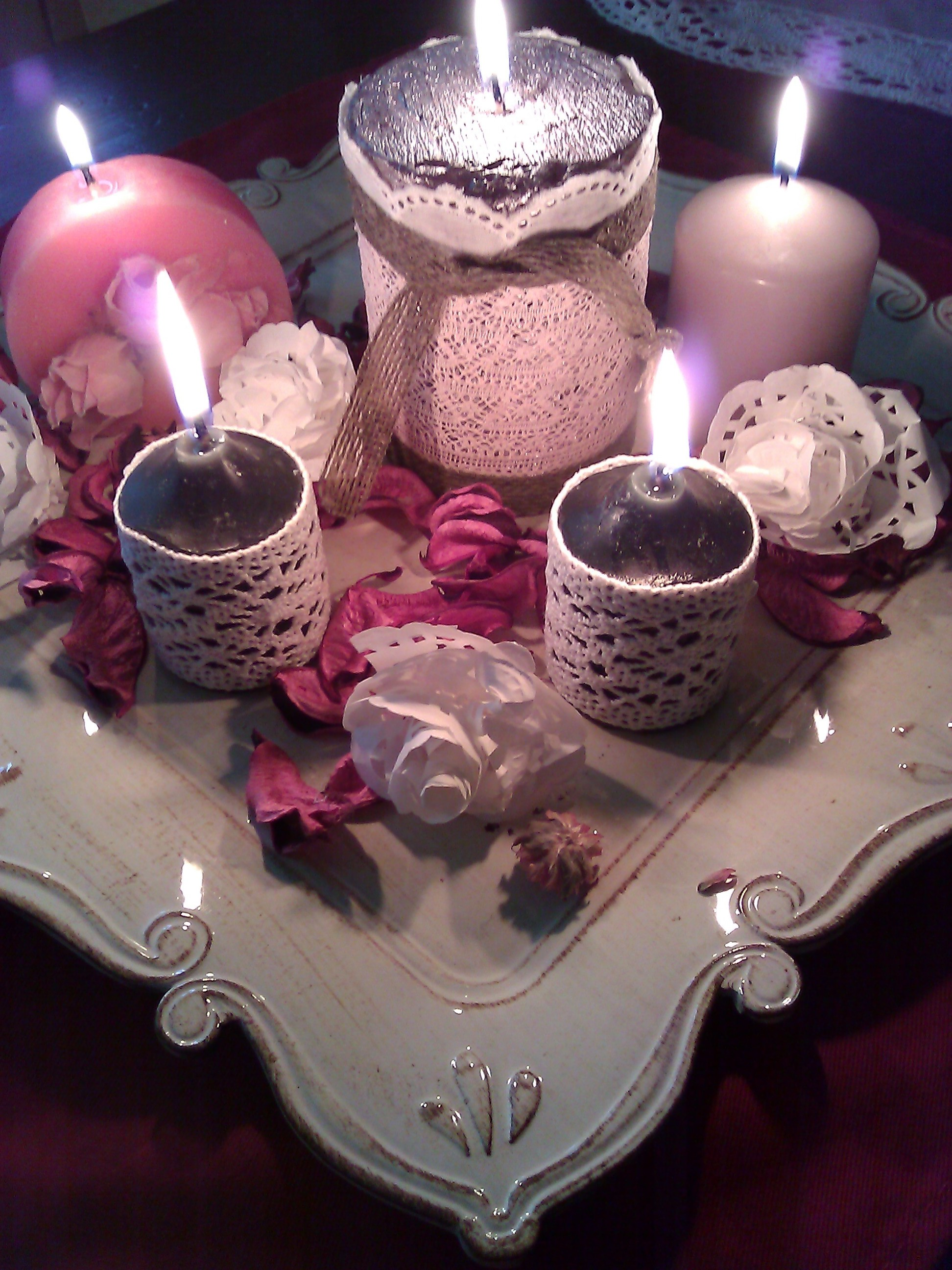 Tutorial per realizzare dei porta candele shabby chic il for Candele colorate