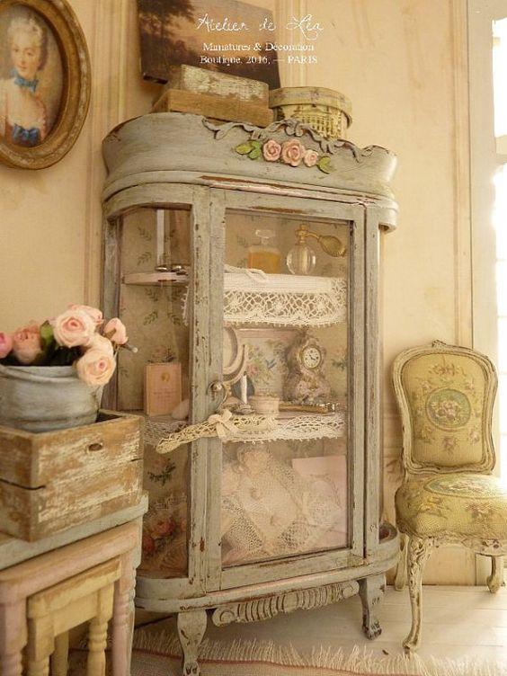 Stupende vetrine in stile Shabby chic