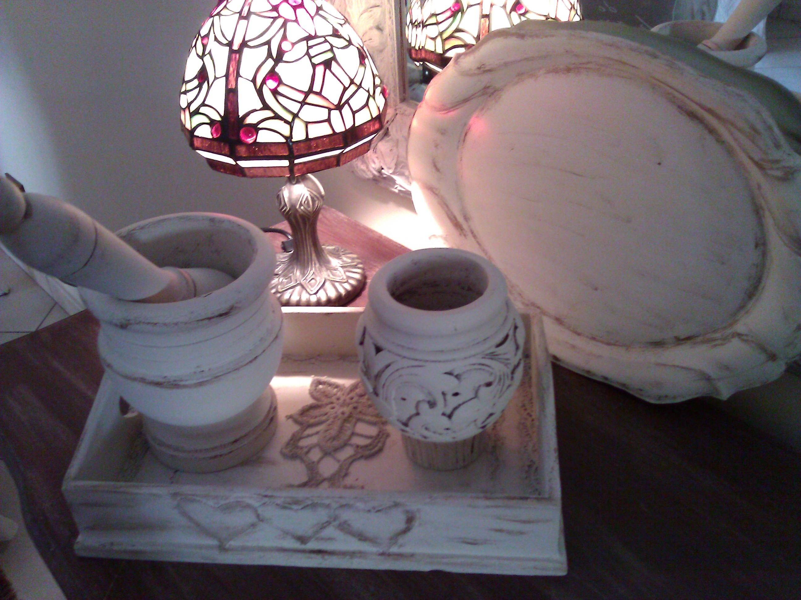 Recupero di vecchi oggetti nello stile Shabby