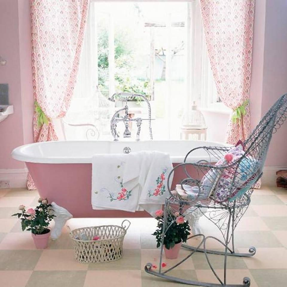 Sfumature del rosa in ambienti stile Shabby