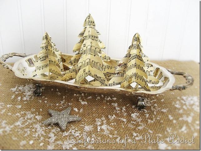 Semplici e graziosi alberelli di carta per il Natale Shabby che verrà