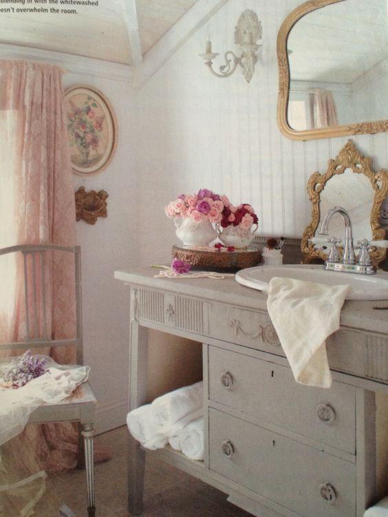 Come trasformare un semplice bagno, in uno Shabby