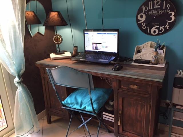 Trasformare un vecchio mobile in una scrivania un po particolare