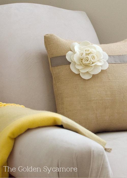Tutorial per creare un bel e semplice fiore con il feltro