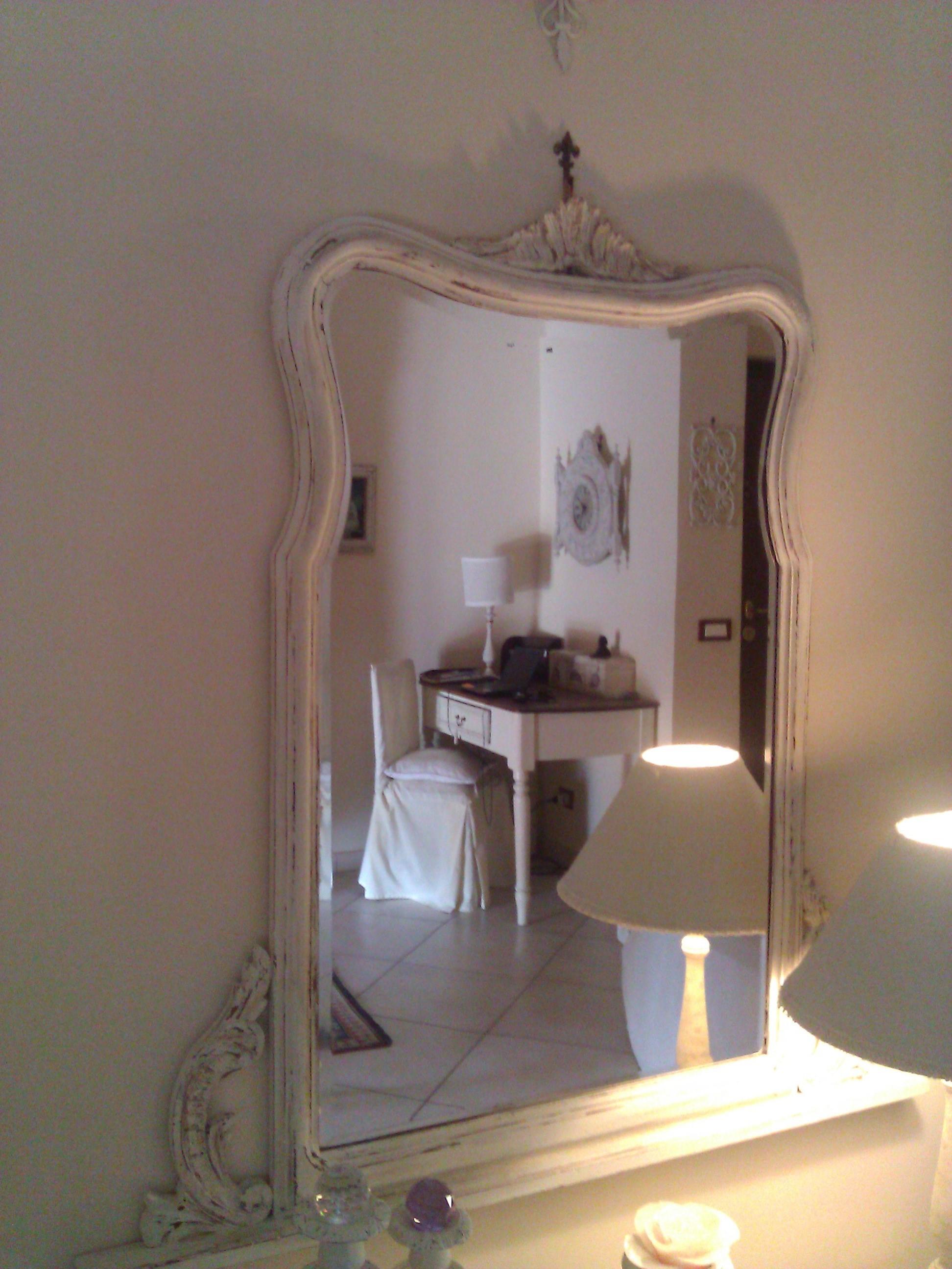 La mia collezione di specchi Shabby