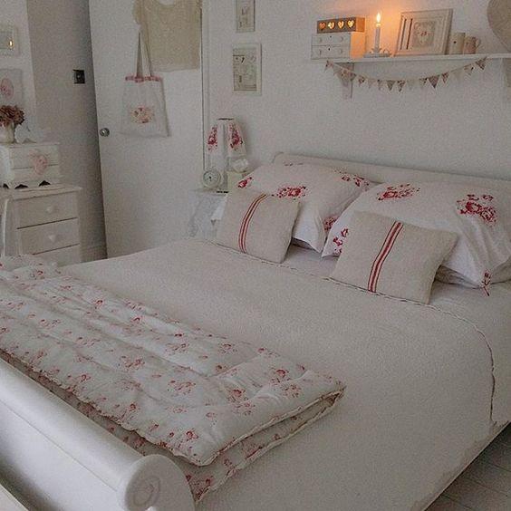 Spunti per arredare una camera da letto in stile shabby il blog italiano sullo shabby chic e - Camera da letto in stile shabby ...
