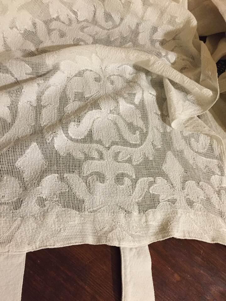 Tenda in merletto per un bagno in stile shabby il blog for Articoli shabby
