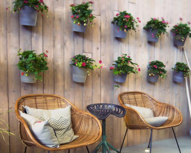 Tante idee per abbellire giardini e terrazze con il for Oggetti per abbellire il giardino