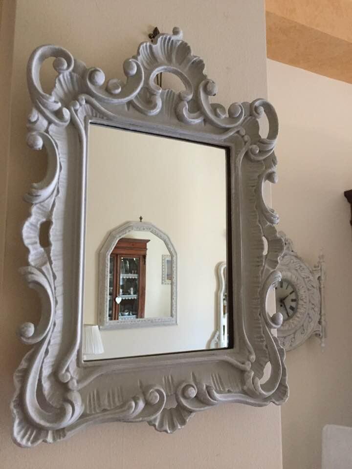 Grazioso specchio Vintage/Barocco convertito in stile Shabby