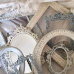 Il fascino e la tendenza del legno Antico e del metallo Vintage in queste  cornici nello Stile Shabby