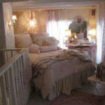 Romantici letti e corredi per una camera in stile Shabby Chic