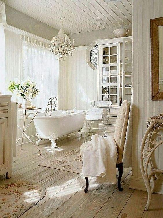 Come Abbellire Un Bagno.Elementi Vintage In Un Bagno In Stile Shabby Il Blog