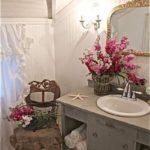 Idee per un bagno Shabby, lavandino con mobile o senza?