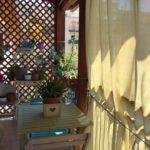 Colori Country e Shabby per il mio balcone, rinnovo di tavolo e sedie
