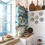 Belle le piattaie in cucina Shabby, colorate e classiche