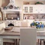 Il calore e l'accoglienza delle cucine nello stile Shabby